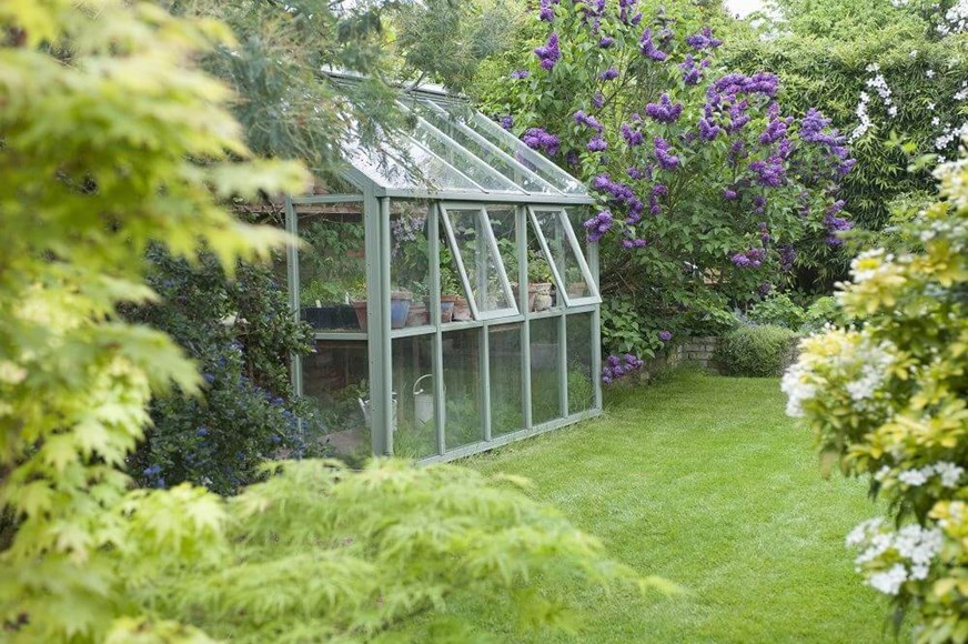 Greenhouses 101: Styles and Materials