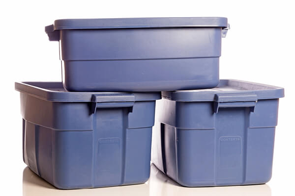 Plastic storage totes for hydroponic water storage