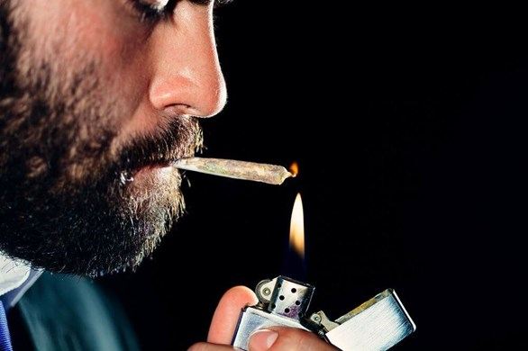 5 Negative Side Effects of Smoking Marijuana & How You Can Avoid Them