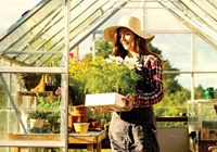 How to Plan a Greenhouse Garden