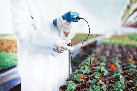 For horticulturists using pH control systems, any type of failure can be devastating to a crop. Philip McIntosh looks at what can go wrong...