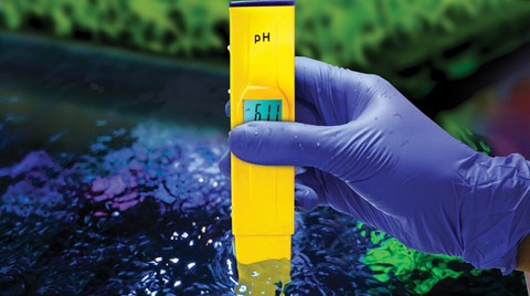 Check out how to keep a good pH balance and maximize nutrient uptake in your hydro system.